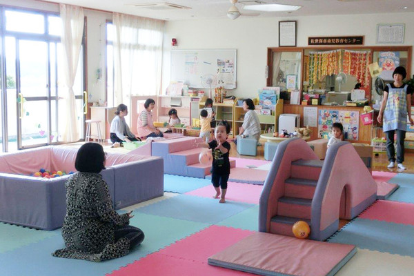 佐世保市幼児教育センター(白南風幼稚園2階)