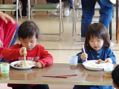 地域版子育てアイデア実現化事業「むっちの食育&お料理教室」が行われました